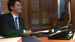 Trudeau-in-his-office